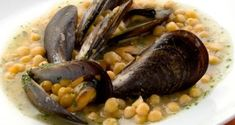 chickpeas with mussels