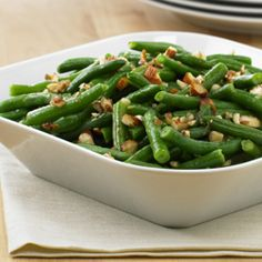 Green Beans with Almonds... Simple green bean recipe tossed with Parkay spread, roasted almonds and fresh lemon juice ready in only 15 minutes