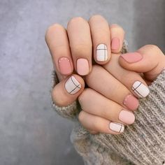 Different pinks, but I like the different colors and the grid Spring Nails, Summer Nails, Nailart, Short Nails Art, Nail Art Tumblr, Black Nails, White Nails, Móng Tay, Different Color Nails
