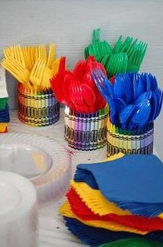These crayon utensil holders are the perfect addition to an art-themed party! Crayon Birthday Parties, Artist Birthday Party, Elmo Birthday, First Birthday Parties, Birthday Ideas, Sesame Street Birthday Party Ideas, Sesame Street Party, Pirate Birthday, Kids Art Party