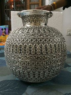 Antique design Pot made of German Silver Silver Accessories, Silver Jewelry, Silver Earrings, Silver Pooja Items, Pooja Room Design, Silver Lamp, Silver Furniture, Silver Ornaments, Metal Vase