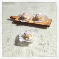 #polymerclay #miniature #fakefood #miniaturefood #puffs #craft #clay #woodtray #handmade