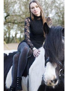 http://www.pantyhose-stockings-hosiery.com/bonnie-doon-precious-lurex-tights.html