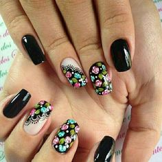 70 Trendy Spring Nail Designs are so perfect for this season Hope they can inspire you and read the article to get the gallery. Nail Designs Spring, Toe Nail Designs, Fun Nails, Pretty Nails, Nail Designer, Modern Nails, Rose Nails, Flower Nail Art, Nagel Gel