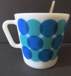 VERY-RARE-Vintage-Pyrex-Mug-Mod-Dots-BLUE-1410-10-oz-Coffee-Cup-HTF