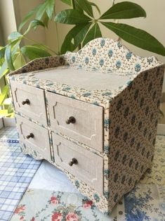 2 tier cartonnage with drawer