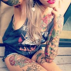 Cute Tattooed Women #girly #pink #ink #colorful
