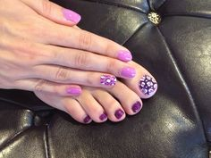 Purple with leopard party nail. Gel polish nail art