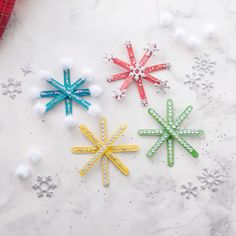 See our favourite DIY Snowflake Christmas Crafts for Kids, all the best handmade decorations for Christmas and Holidays Children's craft ideas. Try these snowflake projects with your family this Christmas and try all our Kids Christmas Crafts! Popsicle Stick Snowflake, Popsicle Stick Christmas Crafts, Snowflake Craft, Kids Christmas Ornaments, Christmas Crafts For Kids To Make, Handmade Christmas Decorations, Craft Stick Crafts, Holiday Crafts, Snowflake Ornaments