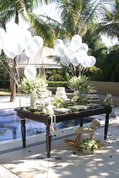 Lovely! Transparent balloons!