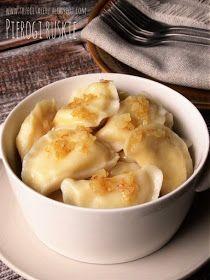 Pierogi ruskie - kuchnia podkarpacka Kapusta Recipe, Sweets Recipes, Cooking Recipes, Polish Recipes, Polish Food, Food Platters, Dumplings, Dinner Tonight, Macaroni And Cheese