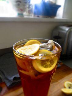 petite kitchen: ice tea Petite Kitchen, Wordpress, Paleo Life, Brewing Tea, Pinterest Recipes, Cold Brew, Iced Tea, Smoothies, Blog
