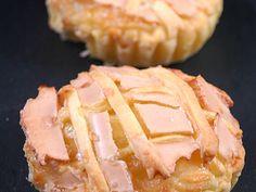 Recette de cuisine Marmiton Yule Log Cake, Book Cakes, Chocolate Decorations, Eclairs, Cake Shop, Molecular Gastronomy, Plated Desserts, Flan, Food Presentation