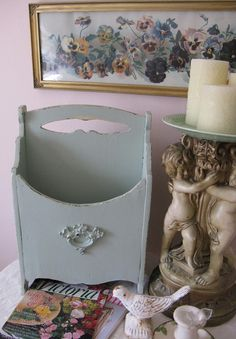 Shabby OLD Antique WOOD French Chic Magazine Stand Rack. Tryiing to find scrollwork like that to put on old wood. Magazine Racks, Magazine Stand, Ideas Magazine, Wood Magazine, Magazine Holders, How To Antique Wood, Old Wood, Shabby Chic Style, Shabby Chic Decor