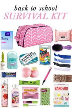 DIY Back to School Survival Kit Whether you or your kids are headed into middle school, high school, or college, there are a few key items they'll need easy access to in order to survive the school year! I'm sharing all the tips for. Middle School Hacks, High School Hacks, Diy Back To School, Life Hacks For School, Back To School Emergency Kit, Back To School Essentials, Back To School Highschool, Back To School Organization For Teens, School Locker Organization