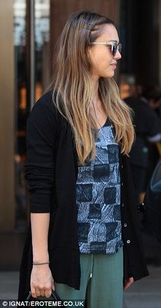 Jessica Alba wore her long highlighted hair loose and pinned back from her face