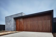 Gallery of The Courtyard House / Auhaus Architecture - 9