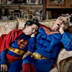 In Martin Beck's photo series 'We Can Be Heroes,' he shows everyday people dressed up like superheroes doing tasks a comic book hero wouldn't be spotted doing — Vieux Couples, Old Couples, Elderly Couples, Super Tired, Growing Old Together, Old Folks, Old Age, Foto Art, Photo Series