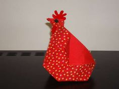 Fabric Origami Hen--can make with a dinner napkin! (Perfect for a favor)