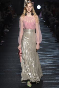 Blumarine Fall 2016 Ready-to-Wear Fashion Show  The diversity of this Blumarine catwalk this season is pretty dismal.  http://www.theclosetfeminist.ca/   http://www.vogue.com/fashion-shows/fall-2016-ready-to-wear/blumarine/slideshow/collection#9