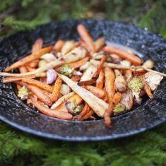 Cinnamon Roasted Vegetables (via www.foodily.com/r/9MA6iajFu)