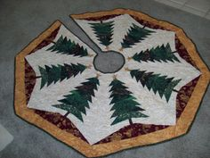 Machine Quilted Christmas Tree Skirt Green