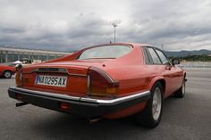 Jaguar XJS Jaguar V12, Jaguar Cars, Modern Classic, Classic Cars, Car Pictures, Car Pics, Transportation Technology, Xjr, Automotive Design