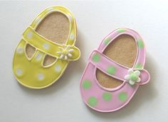 These booties are soo cute, and all you need is an egg cutter