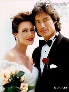 http://static1.purepeople.com/articles/9/91/08/9/@/741499-ridge-et-taylor-lors-de-leur-mariage-637x0-3.jpg