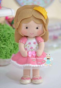 Felt Crafts Dolls, Felt Crafts Diy, Felt Diy, Felt Dolls, Plush Dolls, Felt Doll Patterns, Felt Crafts Patterns, Baby Patterns, Nuno Felting