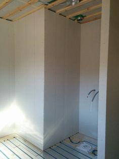 Duschhörnan i badrummet på plan 2.