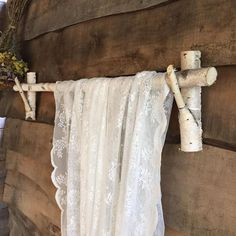 Branch Curtain Rods, Rustic Curtain Rods, Curtain Rod Holders, Diy Curtain Rods, Wood Curtain, Farmhouse Curtain Rods, Homemade Curtain Rods, Outdoor Curtain Rods, Cabin Curtains