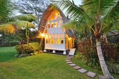 The White Elephant tiny home in Bali. Would love to stay here on vacay:)