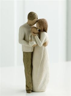 """Willow Tree """"Our Gift"""" Figurine 26181"""