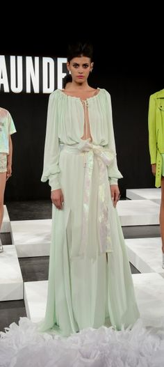 NY: Saunder - Presentation - Mercedes-Benz Fashion Week Spring 2015