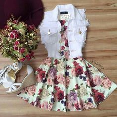 Image shared by Find images and videos about fashion, outfits and vestidos on We Heart It - the app to get lost in what you love. Teenage Outfits, Komplette Outfits, Teen Fashion Outfits, Cute Fashion, Outfits For Teens, Girl Fashion, Fashion Dresses, Fashion 2020, London Fashion