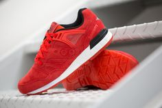 "The Saucony Grid SD Premium from the ""Freeze Pops Pack"" is available at our shop now! EU 42 - 46,5 