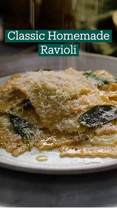 Homemade Ravioli, Chopped Spinach, Classic Italian, Rolling Pin, Ricotta, Food Processor Recipes, Crisp, Dinner Recipes, Dinners