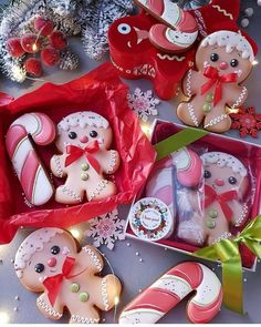 Christmas Countdown, Christmas Photos, Christmas Fairy, Merry Christmas, The Birth Of Christ, Cupcakes, Days Until Christmas, Ginger Cookies, Creative Decor