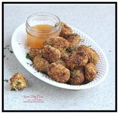 Homemade Cauliflower Tots Air Fryer Recipe is a low carb side dish for burgers or chicken or snack for game day. These cauliflower tots are crunchy and deli Best Cauliflower Recipe, Cauliflower Bread, Burger Side Dishes, Low Carb Side Dishes, Veggie Dishes, Homemade Italian Meatballs, Air Fried Food, Crusted Chicken, Breaded Chicken