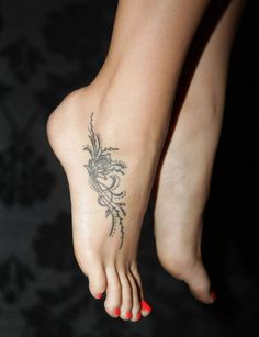 Foot tattoos are especially popular and loved by girls and women, because they are not as provocative as, for example, on the back or shoulder,