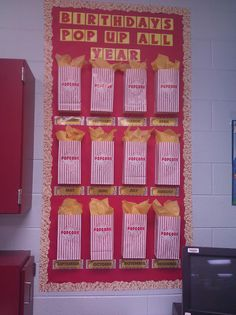 Flying into First Grade: Classroom Tour - Bulletin Boards Classroom Displays, Classroom Themes, Classroom Activities, Classroom Organization, Movie Classroom, Popcorn Theme Classroom, Preschool Bulletin, Preschool Art, Preschool Birthday Board
