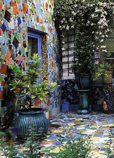 Garden walls and walkways are a couple of the ways we create curb appeal, but sometimes we often overlook these places around our homes and gardens,