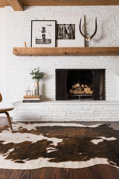 Love this amazing brown & white faux cowhide rug.
