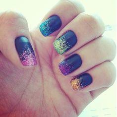 Glitter rainbow nials! - mattarglimmer.blogg