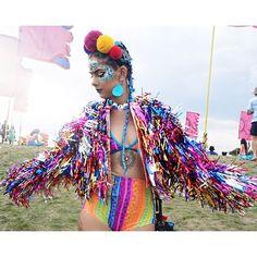 Rainbow vibes at Secret Garden Party I can't wait to show you my Vlog of the festival Coat by: @shesthebottleblonde //…