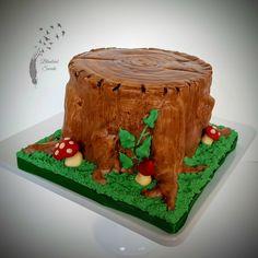 Stump cake, tree stump cake, fondant, chocolate, buttercream, sculpted cake, grooms cake, nature cake, wood cake, woodland cake.