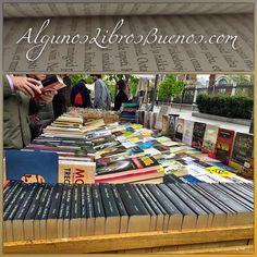 Paseo por la #CuestaDeMoyano en busca de nuevas historias.  #Madrid #AlgunosLibrosBuenos #libro #librosgram #FelizDomingo #book #bookstagram #bookinstagram #libros #librosusados