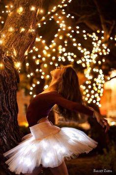 Oh so pretty. Via @oohlafroufrou. #dance #ballet