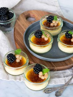 Dessert Drinks, Dessert Recipes, Sweet Tooth, Bakery, Food And Drink, Favorite Recipes, Sweets, Snacks, Deserts